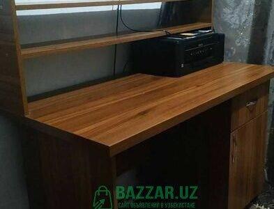 Писменный стол для школьника (цы) или офиса