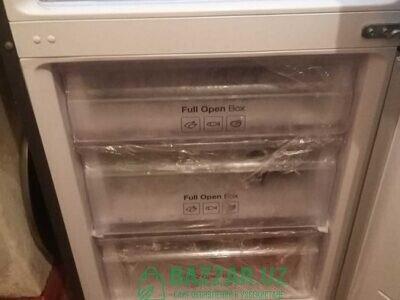 Холодилник самсунг