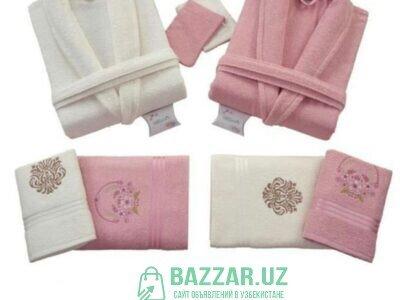 Банные халаты и полотенца