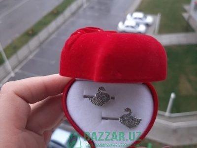 Сережки гвоздики Swarovski