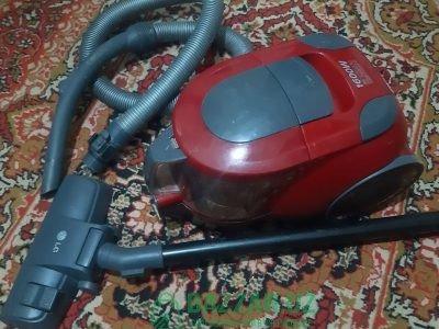 Продаю пылесос LG 1600w