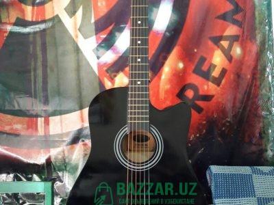 Продаётся акустическая гитара, новая