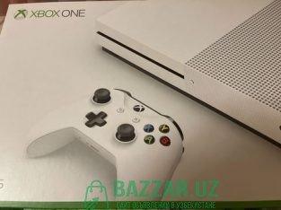 Xbox one 500 Гб и игры