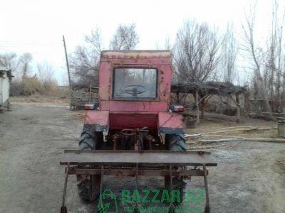 Traktor 2 silindr marka t-25 vladimirovets