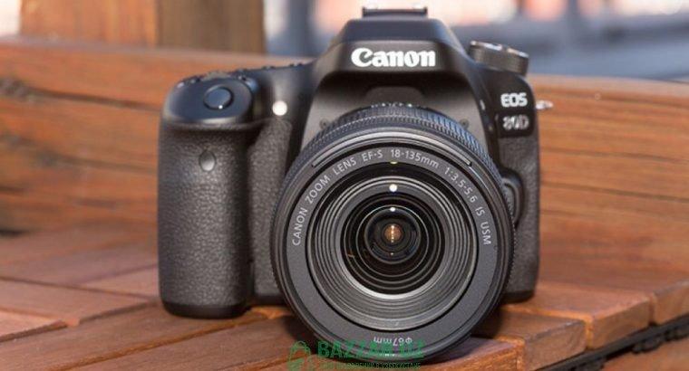 Фотоаппарат Canon EOS 80D Kit 18-135mm Nano USM