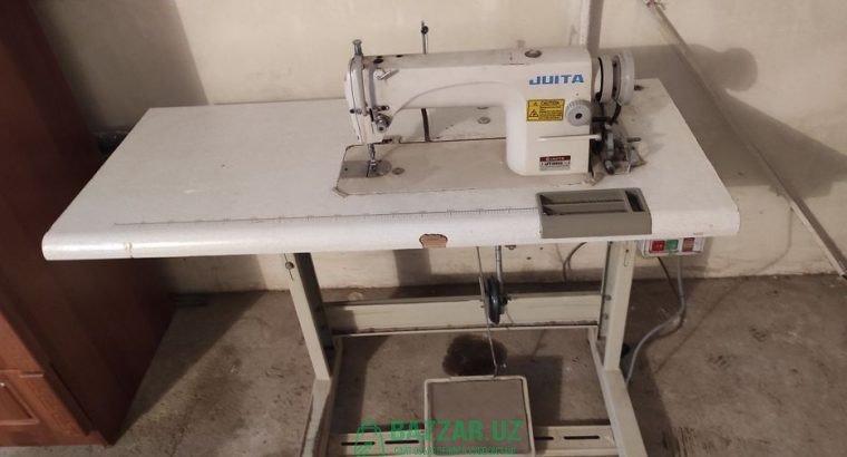 Швейная машинка Juita