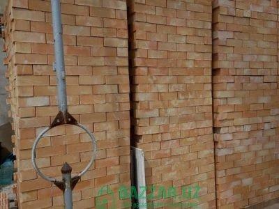 Фасад из кирпича