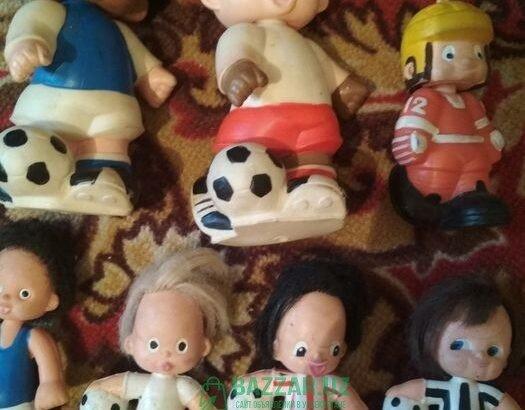 Игрушки футбольная команда резиновые