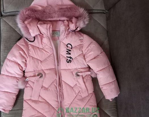 Куртка тёплая на девочку 5-6лет