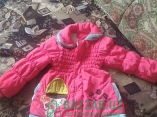 Детская куртка продается