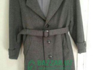 Продается мужское пальто