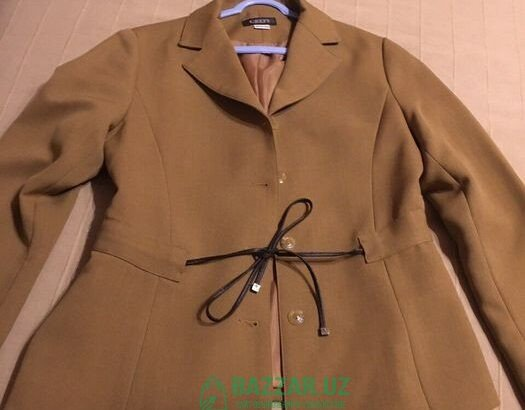 Пиджак женский короткий